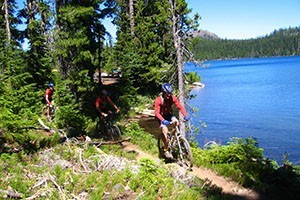 Rim Mountain Bike Tours :: Multi-day, camping-based, winter cycling tours in Oregon's Central Cascade range. Exceptional singletrack with a landscape of snow capped volcanic peaks, lakes, & forests!
