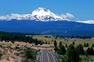 Bicycle Adventures - Bend area Biking Tours :: Our 4-day all-inclusive cycle tours combine daily riding, excellent lodging, most meals and exceptional guides. Also in Crater Lake, Columbia River Gorge & Hells Canyon.