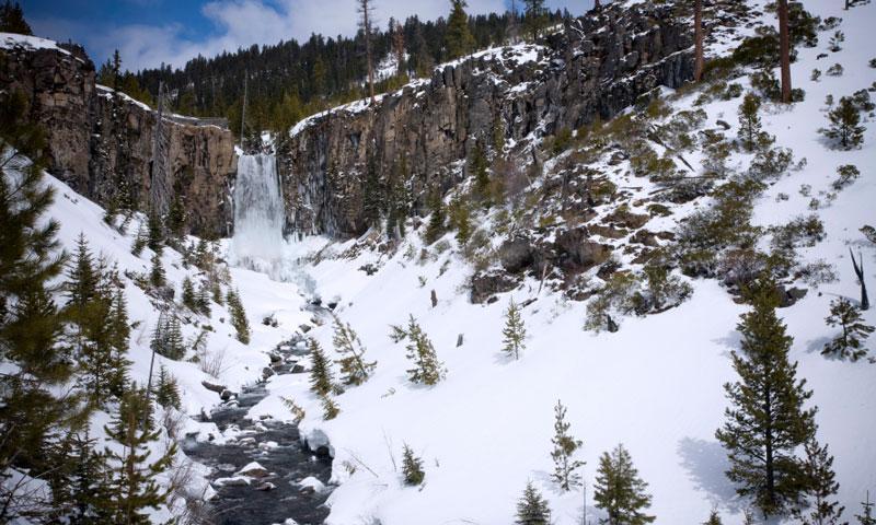 Frozen Tumalo Falls