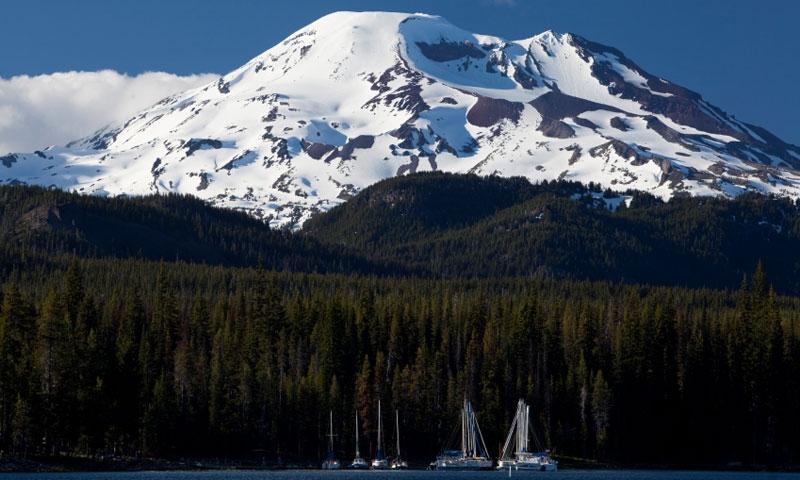 Sailboats on Elk Lake