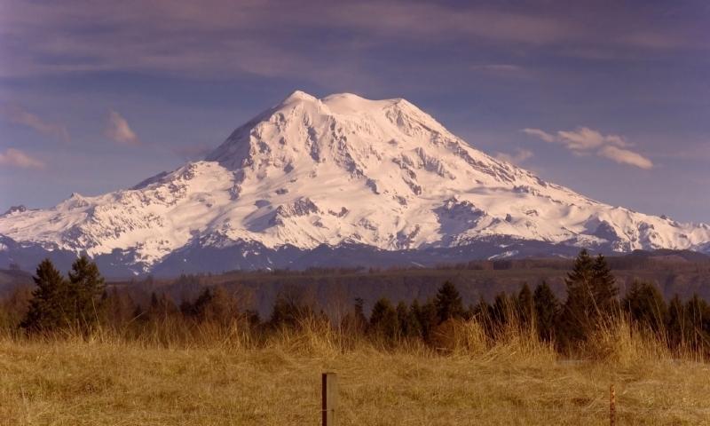 Mount Rainier Cascade Mountains