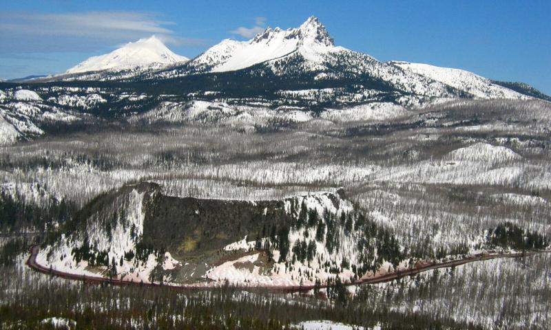 Santiam Pass Highway in Oregon