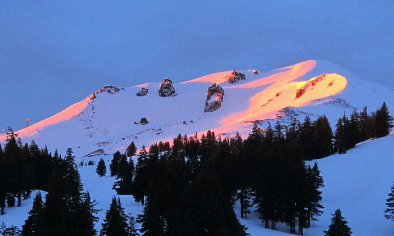 Sunrise on Mount Bachelor in Bend Oregon