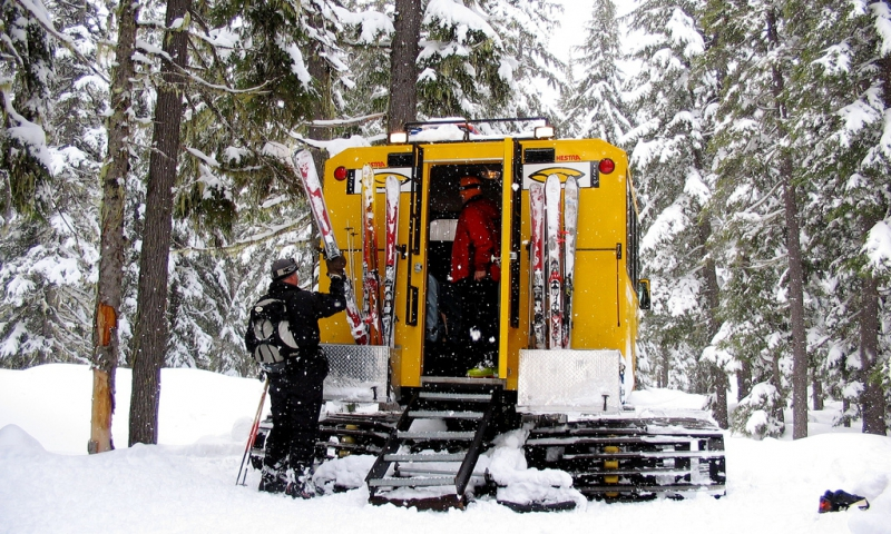 Cat Skiing at Mt Bailey in Central Oregon