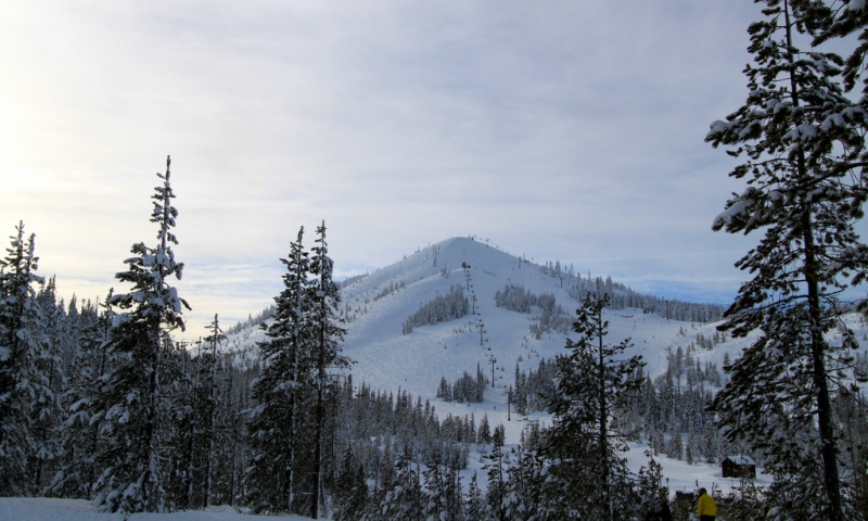 Hoodoo Ski Resort Oregon