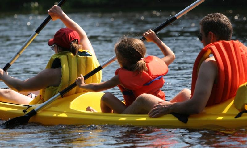 Bend Oregon Kids Canoeing
