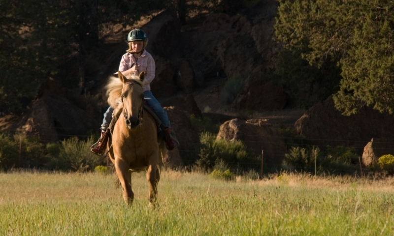 Horseback Riding in Oregon