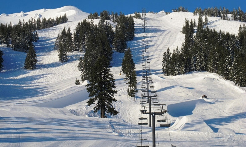 Lift and Terrain Park at Mount Bachelor in Bend Oregon