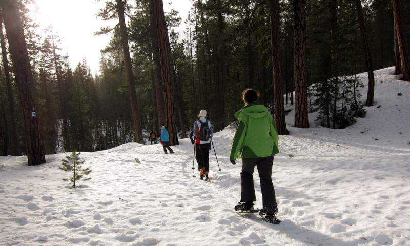 Snowshoeing at Sunriver Oregon