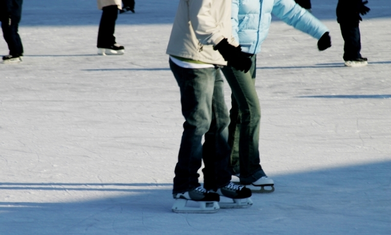 Central Oregon Ice Skating
